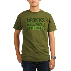 Drinks Well With Others Organic Men's T-Shirt (dark)